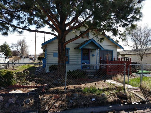 202 SW 3rd Street, Redmond, OR 97756 (MLS #201902783) :: Team Sell Bend