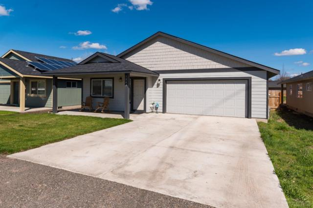 1242 NW Seehale Avenue, Prineville, OR 97754 (MLS #201902789) :: Team Birtola | High Desert Realty