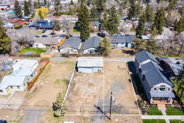 446 NE Burnside Avenue, Bend, OR 97701 (MLS #201902895) :: Central Oregon Home Pros