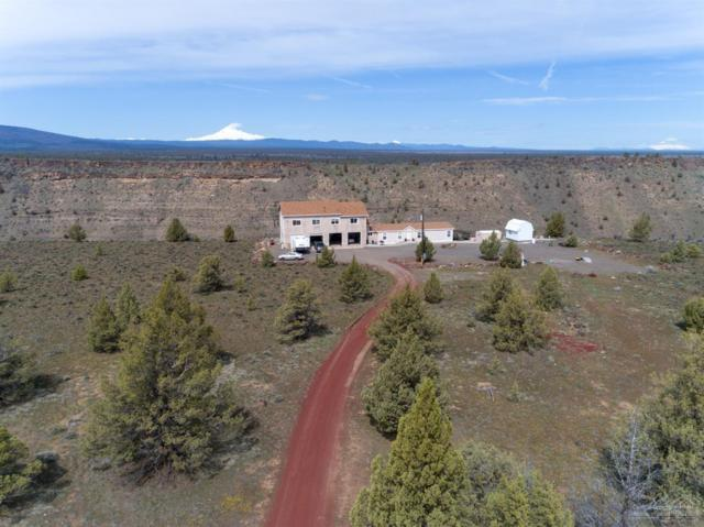 9813 SW Geneva View Road, Terrebonne, OR 97760 (MLS #201902963) :: Team Sell Bend
