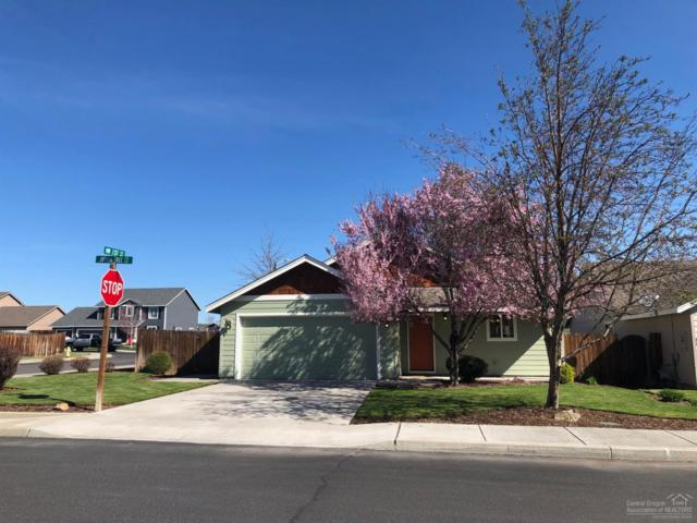 2091 NW Joshua Tree Court, Redmond, OR 97756 (MLS #201903176) :: Central Oregon Valley Brokers