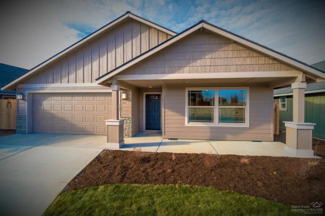 945 NW Oak Street, Redmond, OR 97756 (MLS #201903428) :: Central Oregon Home Pros