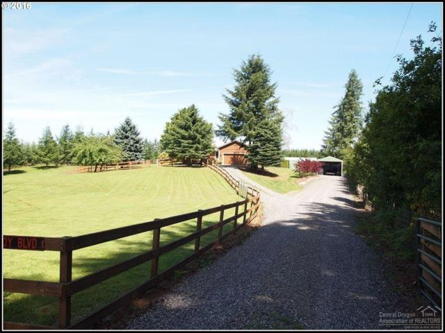 38725 SE Coupland Road, Estacada, OR 97023 (MLS #201903467) :: The Ladd Group