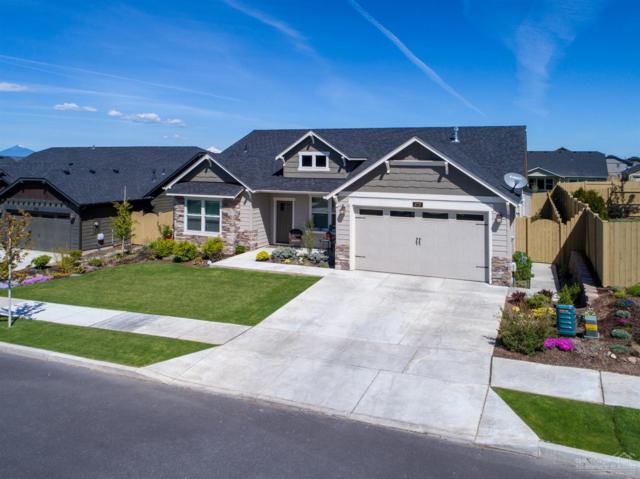 4737 SW Volcano Avenue, Redmond, OR 97756 (MLS #201903837) :: Team Sell Bend