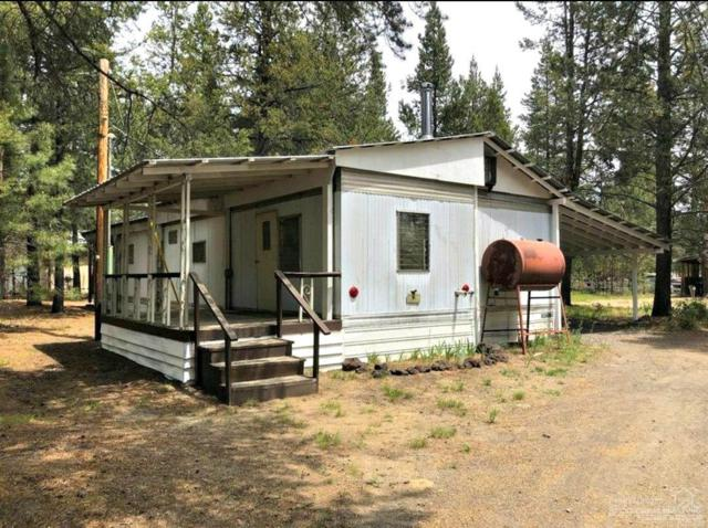 52940 Forest Way, La Pine, OR 97739 (MLS #201903869) :: Team Sell Bend