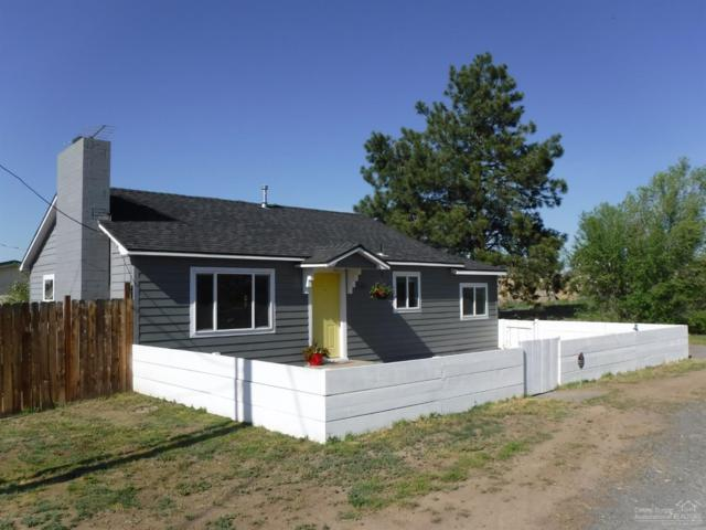 649 SE Evergreen Avenue, Redmond, OR 97756 (MLS #201903996) :: Central Oregon Home Pros
