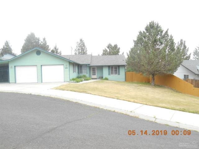 698 SW Lorraine Drive, Madras, OR 97741 (MLS #201904102) :: Team Sell Bend