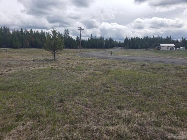 54 Split Rail, La Pine, OR 97739 (MLS #201904117) :: Fred Real Estate Group of Central Oregon