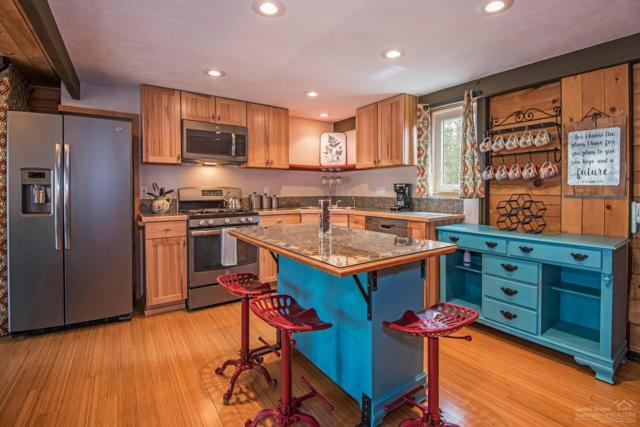 17632 Cluster Cabin Lane, Sunriver, OR 97707 (MLS #201904270) :: Berkshire Hathaway HomeServices Northwest Real Estate