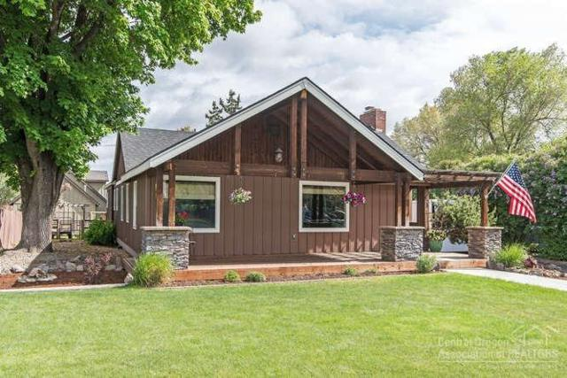 675 NE Lookout Avenue, Prineville, OR 97754 (MLS #201904296) :: Team Birtola | High Desert Realty