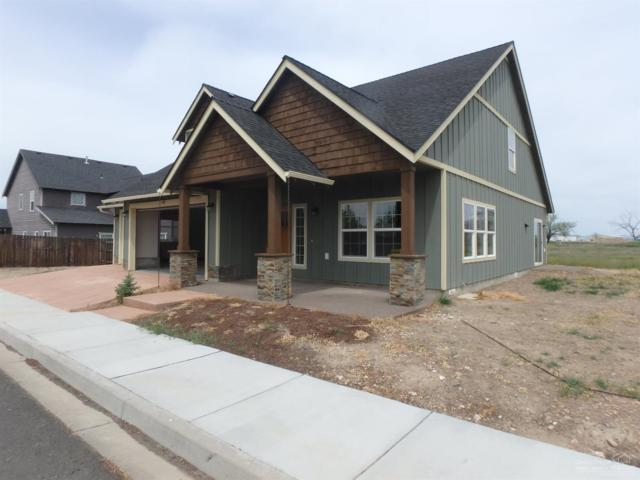 462 NW Divot Court, Madras, OR 97741 (MLS #201904344) :: Team Birtola | High Desert Realty
