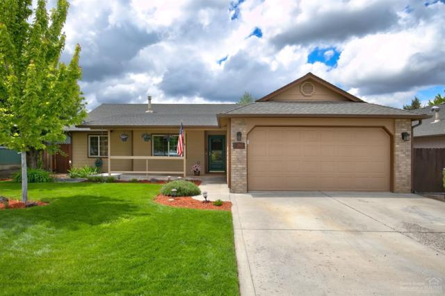 1943 SW 35th Place, Redmond, OR 97756 (MLS #201904492) :: Team Birtola | High Desert Realty