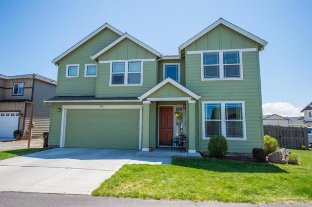 748 NE Apache Court, Redmond, OR 97756 (MLS #201904754) :: Fred Real Estate Group of Central Oregon