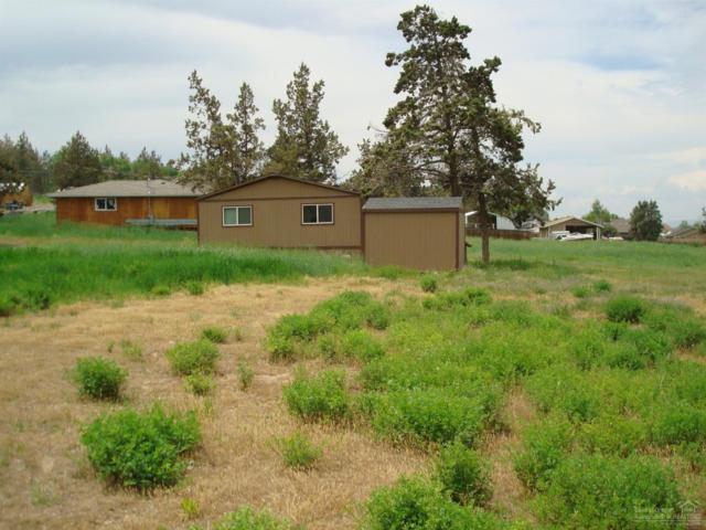 1045 F Avenue, Terrebonne, OR 97760 (MLS #201904884) :: Central Oregon Home Pros