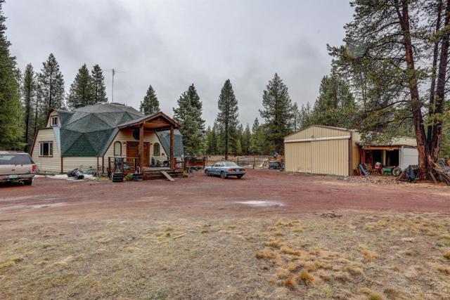 16039 Hakkila Avenue, La Pine, OR 97739 (MLS #201904911) :: Fred Real Estate Group of Central Oregon