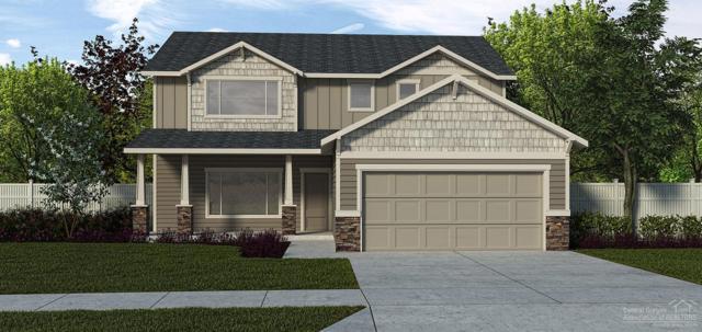 2584 NW Greenwood Avenue, Redmond, OR 97756 (MLS #201904961) :: Bend Homes Now