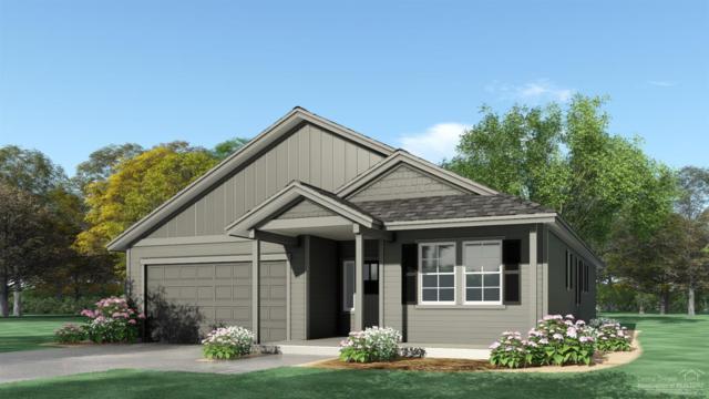 923 NW Oak Street, Redmond, OR 97756 (MLS #201905217) :: Central Oregon Home Pros