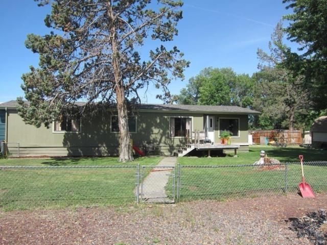 2035 NW 37th Street, Redmond, OR 97756 (MLS #201905422) :: Fred Real Estate Group of Central Oregon