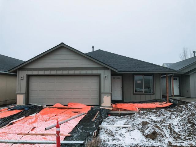 3045 NW Cedar Avenue, Redmond, OR 97756 (MLS #201905490) :: Central Oregon Home Pros