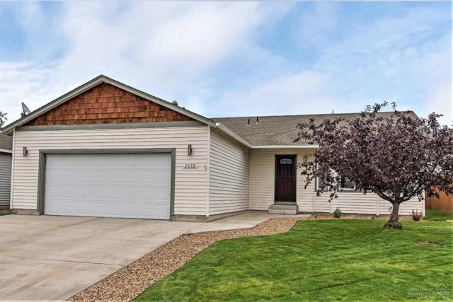 3038 NW 8th Street, Redmond, OR 97756 (MLS #201905507) :: Central Oregon Home Pros