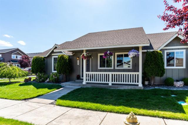 409 NW 24th Place, Redmond, OR 97756 (MLS #201905578) :: Central Oregon Home Pros