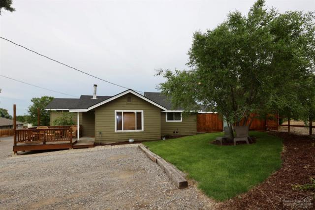 2420 SW 27th Street, Redmond, OR 97756 (MLS #201905601) :: Central Oregon Home Pros