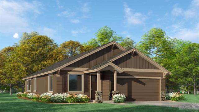 930 NW Oak Avenue, Redmond, OR 97756 (MLS #201905821) :: Central Oregon Home Pros
