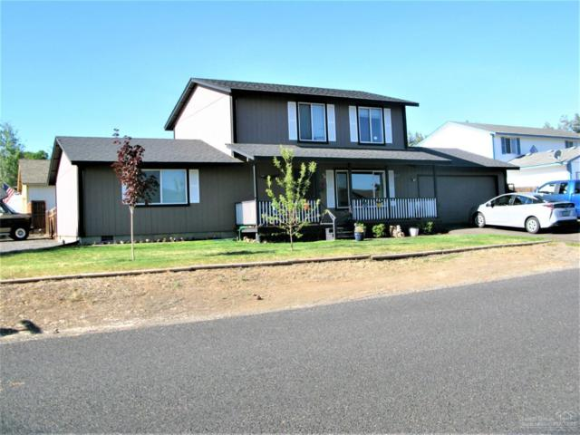 1302 Barberry Drive, Terrebonne, OR 97760 (MLS #201905874) :: Central Oregon Home Pros