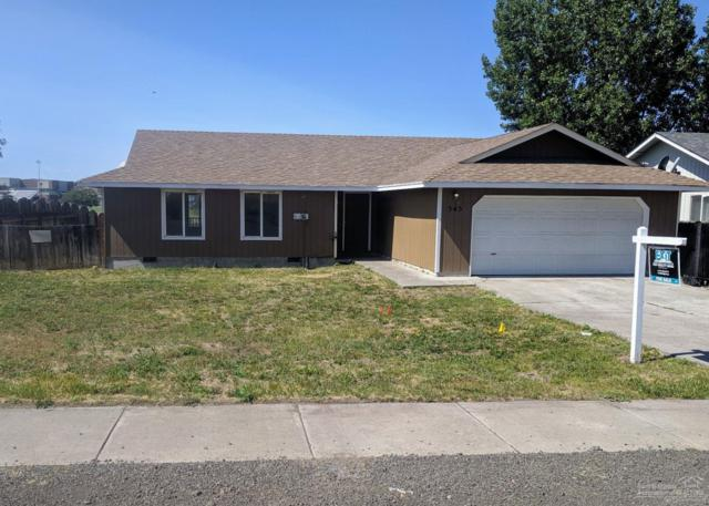 545 SE Grizzly, Madras, OR 97741 (MLS #201906226) :: The Ladd Group