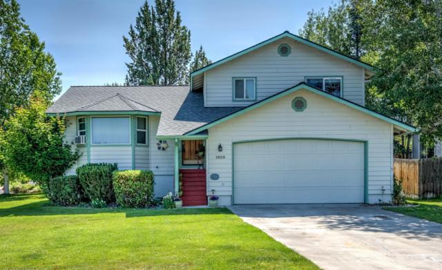 1828 NE Curtis Drive, Bend, OR 97701 (MLS #201906311) :: Central Oregon Home Pros