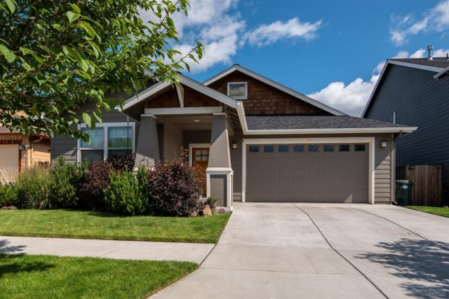 2938 NE Dogwood Drive, Bend, OR 97701 (MLS #201906503) :: The Ladd Group
