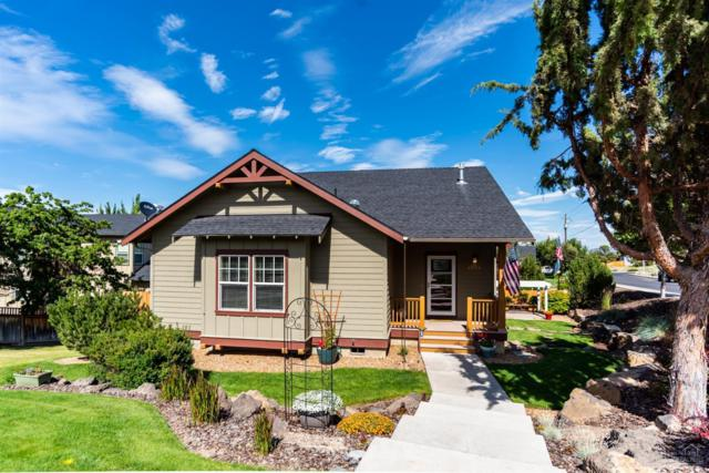 2258 SW 36th Street, Redmond, OR 97756 (MLS #201906555) :: Central Oregon Home Pros
