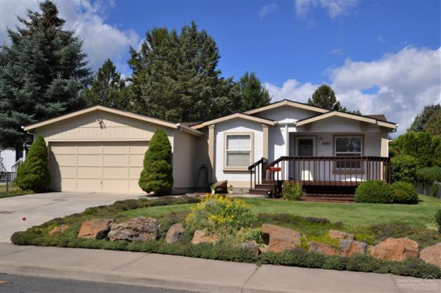 1057 SE Valleywood Place, Bend, OR 97702 (MLS #201906683) :: The Ladd Group