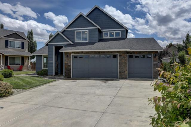 1434 NW Teakwood Court, Redmond, OR 97756 (MLS #201906716) :: The Ladd Group