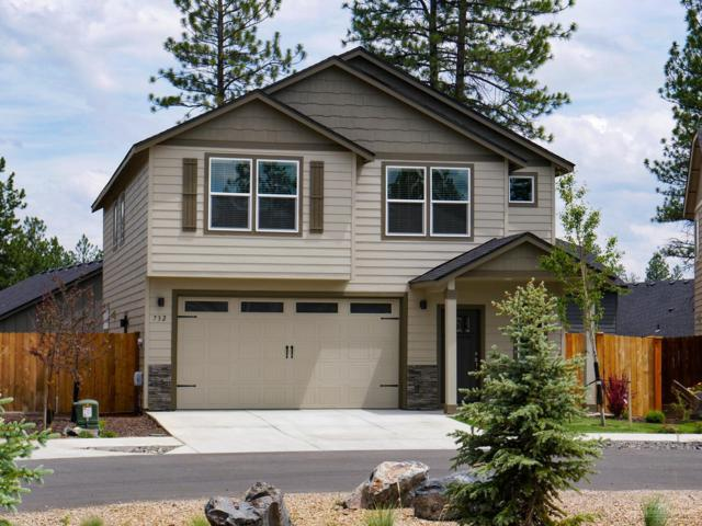 732 N Roundhouse Court, Sisters, OR 97759 (MLS #201906743) :: The Ladd Group