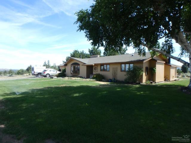 105 SE Barber, Madras, OR 97741 (MLS #201906850) :: Central Oregon Home Pros
