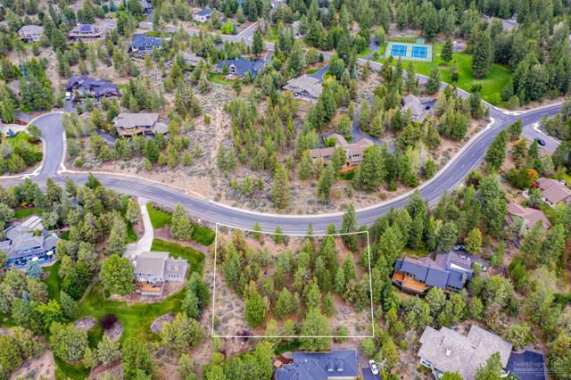 1183 NW Summit Drive, Bend, OR 97703 (MLS #201906906) :: Berkshire Hathaway HomeServices Northwest Real Estate