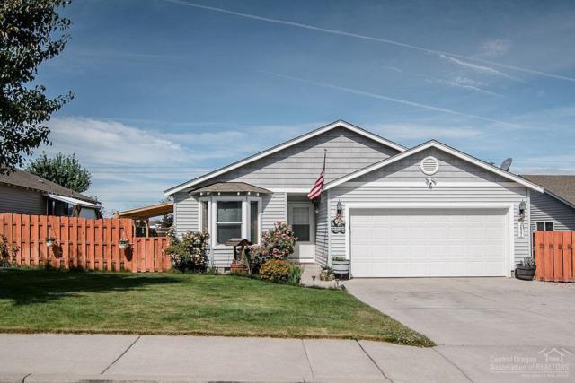 2827 NW 9th Place, Redmond, OR 97756 (MLS #201906930) :: Central Oregon Home Pros