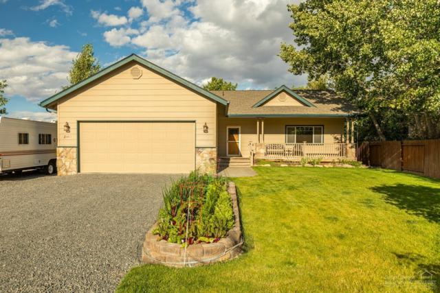 2410 NW 21st Street, Redmond, OR 97756 (MLS #201906976) :: Central Oregon Home Pros