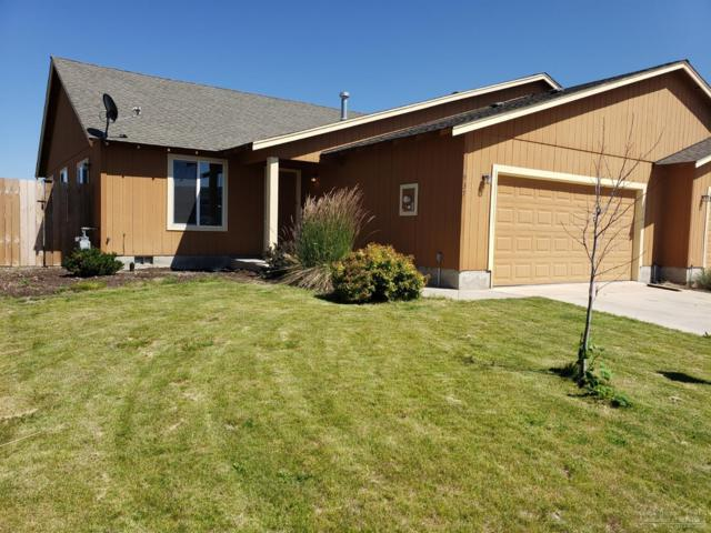 937 SE Kierra Place, Madras, OR 97741 (MLS #201906983) :: Fred Real Estate Group of Central Oregon