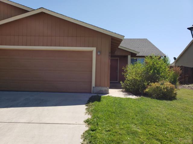 941 SE Kierra Place, Madras, OR 97741 (MLS #201907001) :: Fred Real Estate Group of Central Oregon