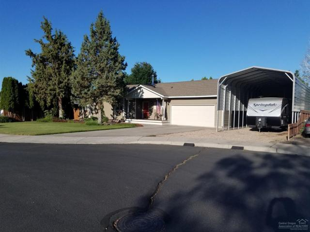 843 SW 24th Court, Redmond, OR 97756 (MLS #201907297) :: The Ladd Group