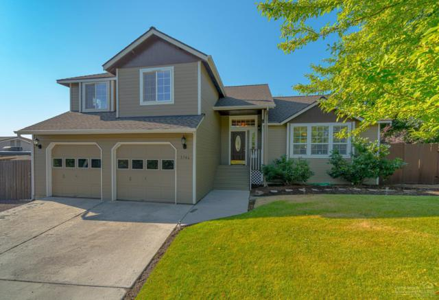 3746 SW Volcano Place, Redmond, OR 97756 (MLS #201907678) :: Central Oregon Home Pros