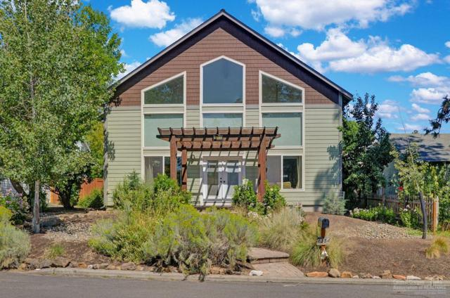 1354 NW Baltimore Avenue, Bend, OR 97703 (MLS #201907857) :: Berkshire Hathaway HomeServices Northwest Real Estate