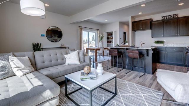 20531 SE Cameron Avenue, Bend, OR 97702 (MLS #201907875) :: Berkshire Hathaway HomeServices Northwest Real Estate