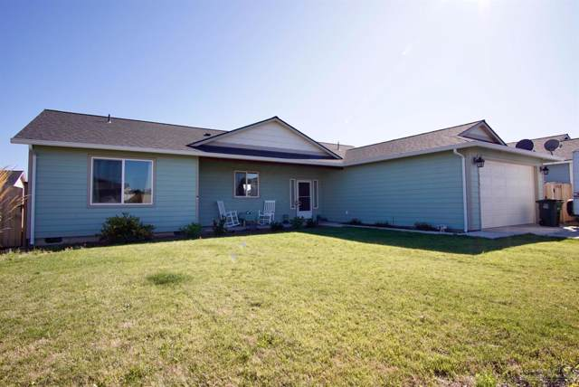 318 Timothy Drive, Culver, OR 97734 (MLS #201908343) :: Windermere Central Oregon Real Estate