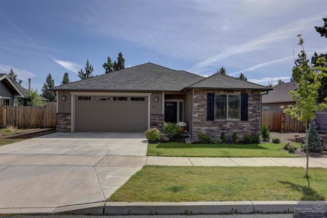 2257 NE Jackson Avenue, Bend, OR 97701 (MLS #201908382) :: The Ladd Group