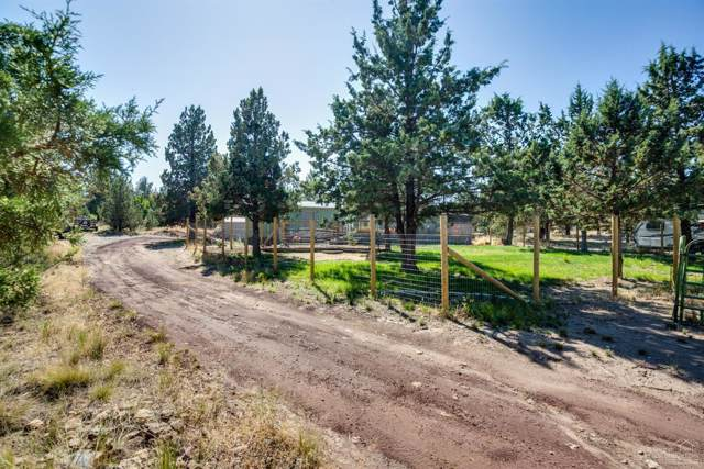 8121 SW High Cone Drive, Terrebonne, OR 97760 (MLS #201908697) :: Bend Homes Now