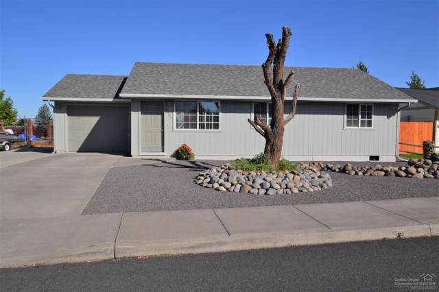 3409 SW Quartz Place, Redmond, OR 97756 (MLS #201908797) :: Cascade Sotheby's International Realty