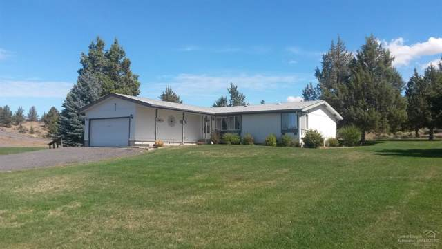 726 SE E Street, Madras, OR 97741 (MLS #201908835) :: Fred Real Estate Group of Central Oregon
